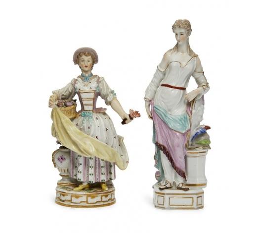 RoseberysA Continental porcelain figure of a lady