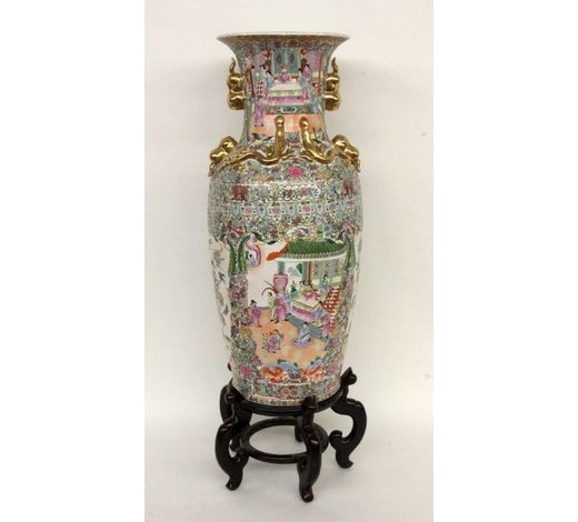 Sigalas AuktionshausA LARGE PALACE VASE China Baluster-shaped