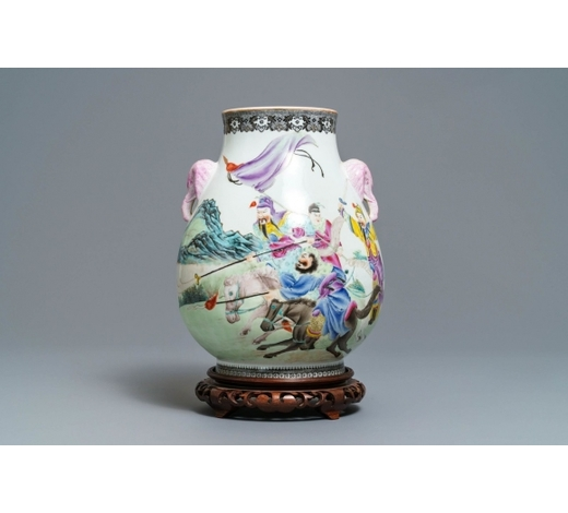 Rob Michiels AuctionsA Chinese famille rose hu vase with warriors on horseback, Qianlong mark, Republic, 20th C.