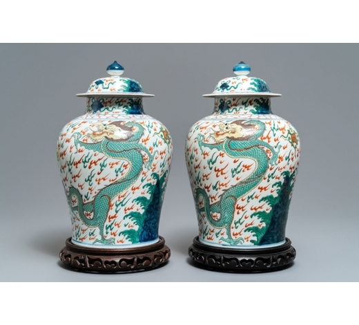 Rob Michiels AuctionsA pair of wucai-style vases and covers with dragons, Samson, Paris, 19th C