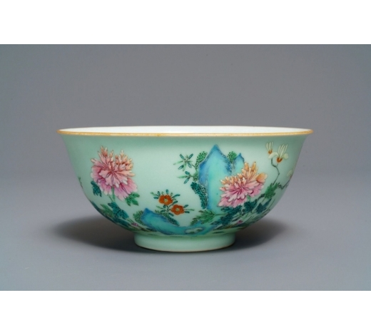 Rob Michiels AuctionsA Chinese famille rose celadon-ground bowl with floral design, Qianlong mark, 19/20th C.