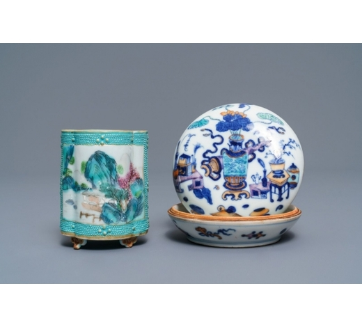 Rob Michiels AuctionsA Chinese doucai seal paste box and a famille rose brush pot, Qianlong marks, 19th C.