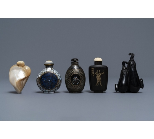 Rob Michiels AuctionsFive Chinese snuff bottles in lacquered wood, mother of pearl and horn, 19/20th C.