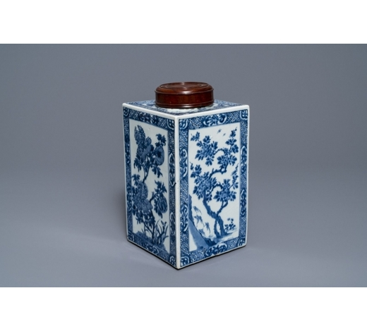 Rob Michiels AuctionsA large square Chinese blue and white tea caddy with floral design, Kangxi