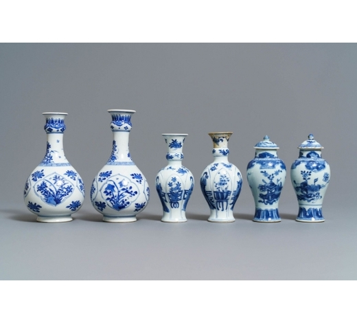 Rob Michiels AuctionsThree pairs of Chinese blue and white vases, Kangxi