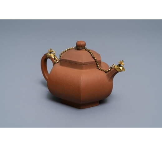 Rob Michiels AuctionsA Chinese gilt-mounted Yixing stoneware teapot and cover, Kangxi