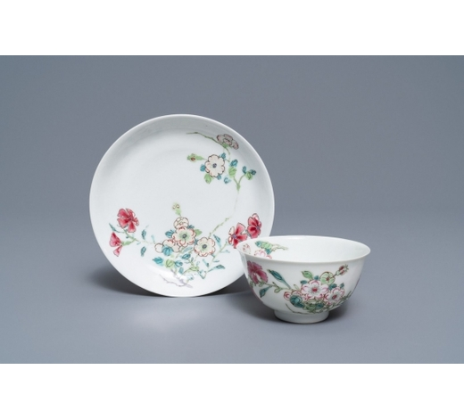 Rob Michiels AuctionsA fine Chinese famille rose cup and saucer with floral design, Yongzheng