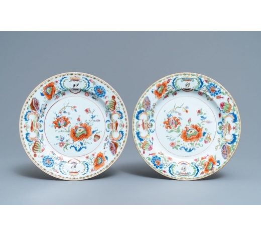 Rob Michiels AuctionsA pair of Chinese famille rose export 'Pompadour' plates, Qianlong