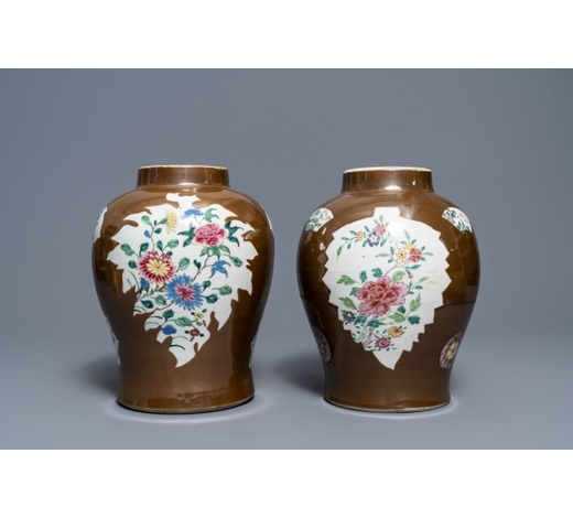 Rob Michiels AuctionsTwo Chinese famille rose capucin ground baluster vases, Qianlong