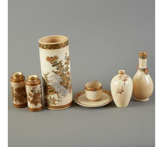 Revere AuctionsGroup of Japanese Meiji Satsuma Vases and Cups
