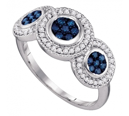 World Jewelry Auctions0.50 CTW Blue Color Diamond Cluster Ring 10KT White Gold - REF-30F2N
