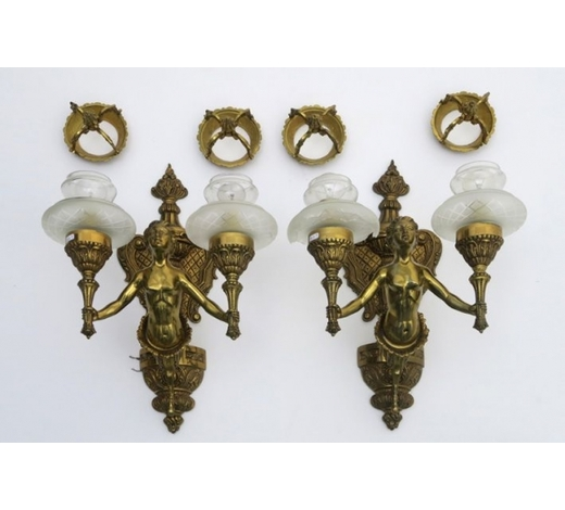 DVCpair of wall lights in bronze