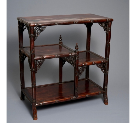 Rob Michiels AuctionsA Chinese carved wood display, 19/20th C.