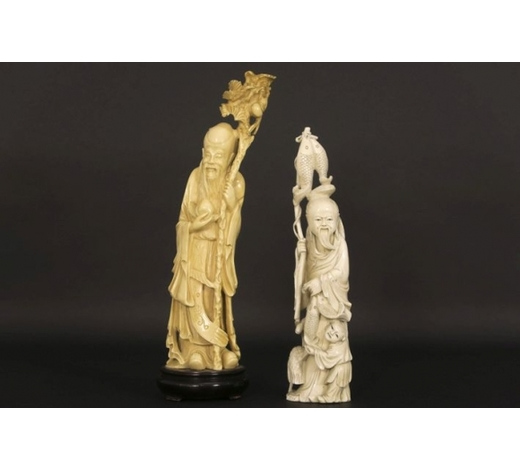 DVCtwo old Chinese sculptures in ivory