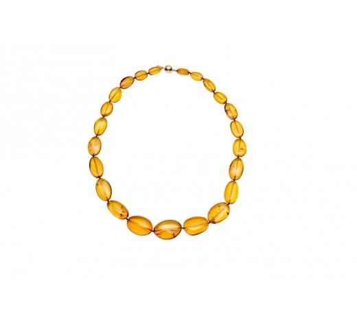 Bonhams SydneyAn amber bead necklace