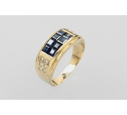 Henry's18 kt gold ring with sapphires and brilliants