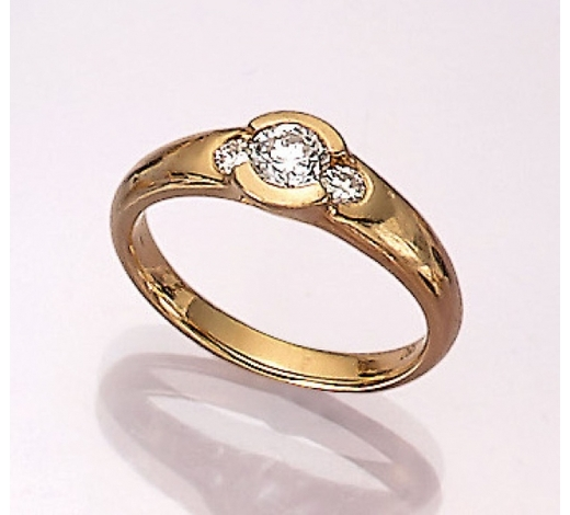 Henry's18 kt gold ring with brilliants