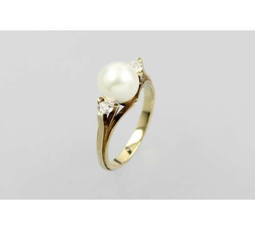 Henry's14 kt gold ring with brilliants and cultured pearl