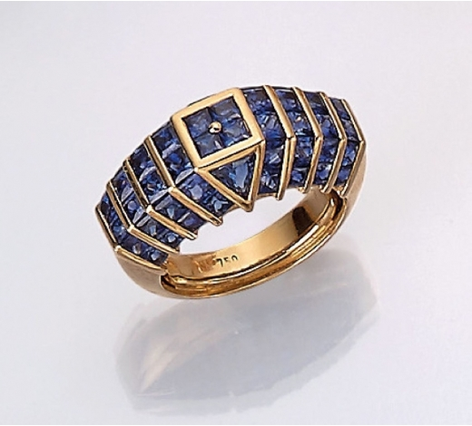 Henry's18 kt gold ring with sapphires