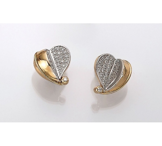 Henry'sPair 18 kt gold COLANI heart earrings with brilliants