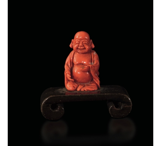Cambi Casa d'AsteA small coral Budai, China, early 20th century