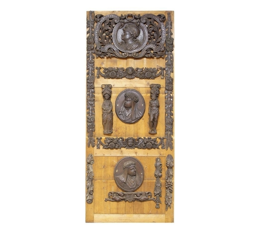RoseberysA collection of thirteen Continental carved oak mouldings