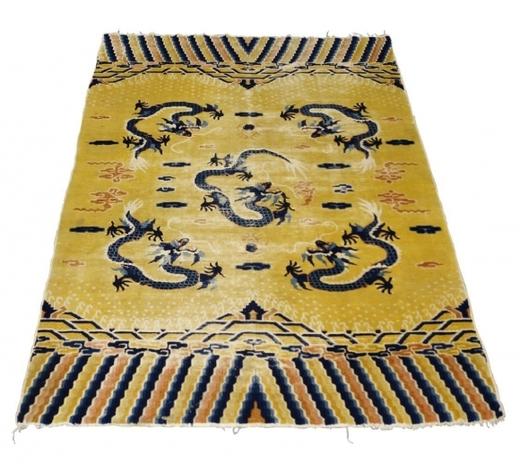 RoseberysA Chinese rug