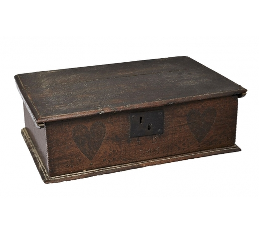 RoseberysAn oak marriage box