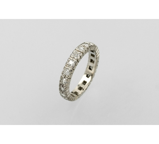 Henry's14 kt gold memoryring with brilliants