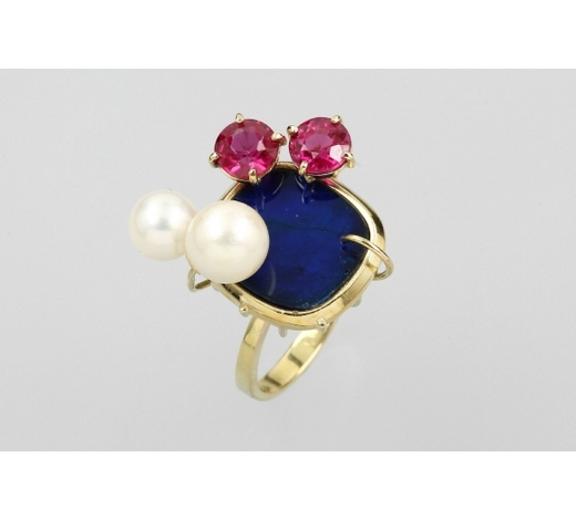 Henry's14 kt gold ring with lapis lazuli