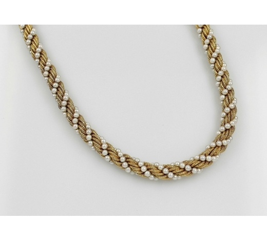 Henry's18 kt gold necklace with cultured pearls