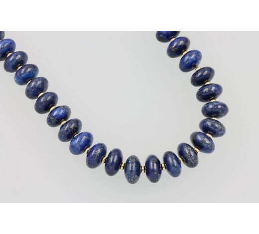 Henry'sNecklace made of lapis lazuli