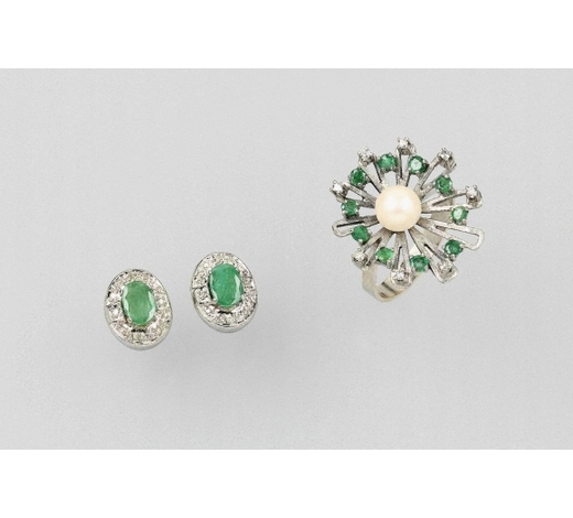 Henry's14 kt gold lot with emeralds and diamonds