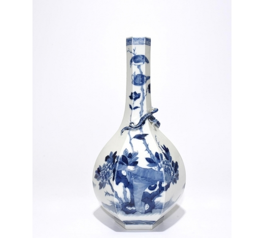 Galaxy Auction IncBlue And White 'Figure' Hexagon Vase