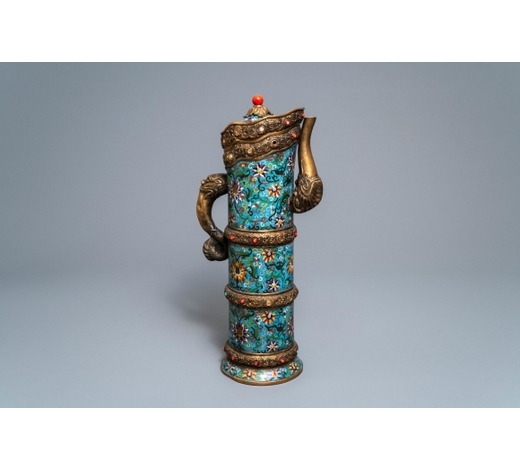 Rob Michiels AuctionsA large Chinese cloisonné and inlaid gilt bronze 'Duomuhu' ewer, Republic, 20th C.