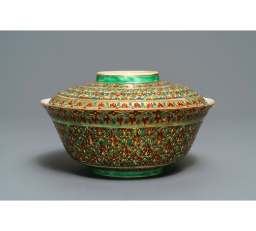 Rob Michiels AuctionsA large Chinese Thai market 'Bencharong' bowl and cover, 19th C.
