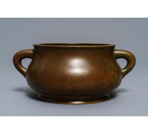 Rob Michiels AuctionsA large Chinese bronze censer, Xuande mark, 18th C.