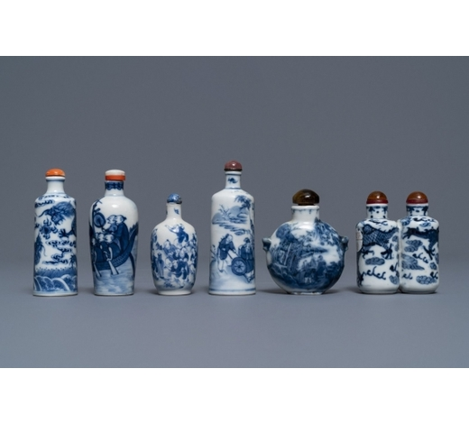 Rob Michiels AuctionsSix Chinese blue and white porcelain snuff bottles, 19/20th C.