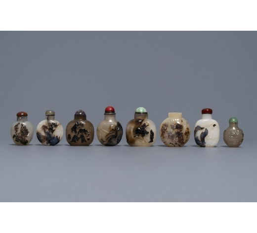 Rob Michiels AuctionsEight Chinese carved shadow agate snuff bottles, 19/20th C.