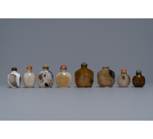 Rob Michiels AuctionsEight Chinese agate snuff bottles, 19/20th C.
