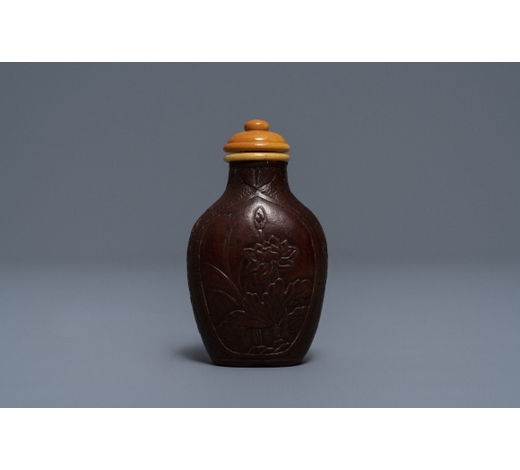 Rob Michiels AuctionsA Chinese dried gourd 'butterfly, peony and lotus' snuff bottle, Qianlong mark, 19th C.