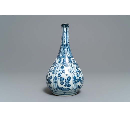 Rob Michiels AuctionsA Chinese blue and white bottle vase with flowers, Wanli