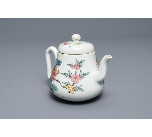 Rob Michiels AuctionsA Chinese famille rose teapot and cover with floral design, Yongzheng